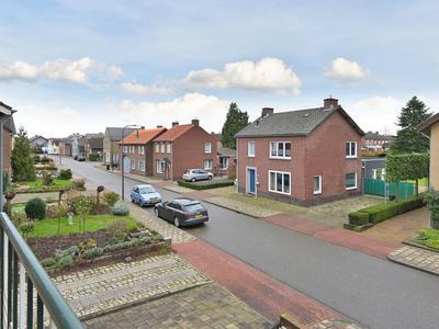 Veersestraat 35 in Guttecoven 6143 AM