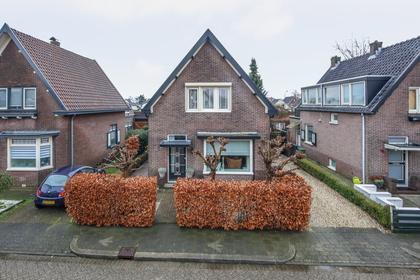 Hoefweg 13 in Apeldoorn 7312 DH