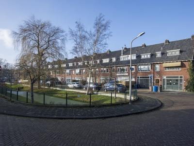 Adriaan Pauwstraat 27 in Wassenaar 2242 LS