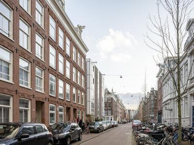 Van Oldenbarneveldtstraat 41 2 in Amsterdam 1052 JS