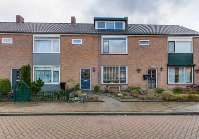 Rembrandtstraat 30 in Fijnaart 4793 AR