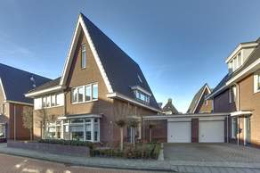 Carel Willinkstraat 5 in Raamsdonksveer 4941 EJ