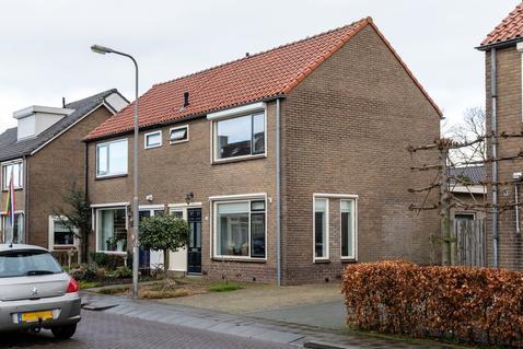 Anna Paulownastraat 12 in Geldermalsen 4191 GK