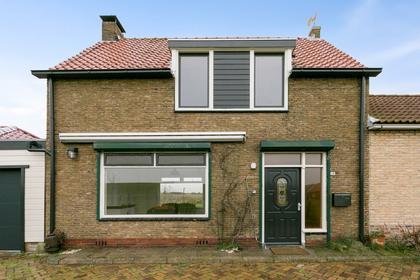 Scheldestraat 18 in Poortvliet 4693 PH