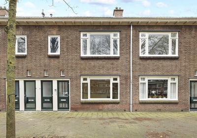 Burgemeester Van Tuyllkade 105 in Utrecht 3553 AE