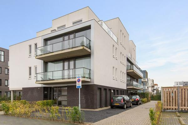 Adriaen Blockstraat 114 in Almere 1363 LT