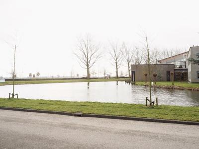 Korenveldweg 2 in Nieuwveen 2441 BH
