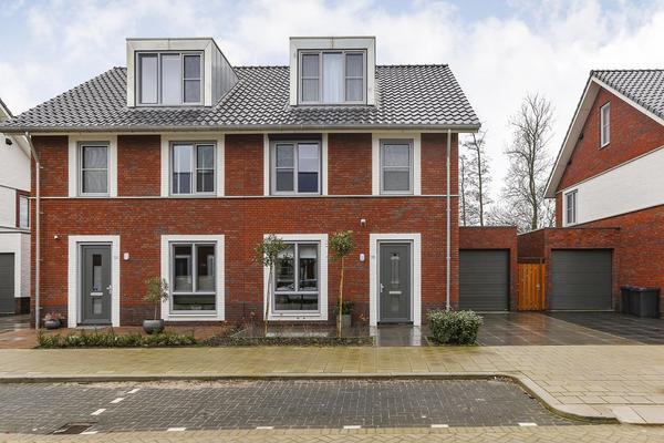 Esther Vergeerstraat 55 in Schiedam 3118 JK