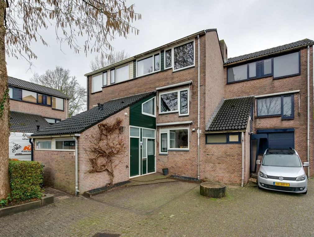 Driehoek 17 in Dordrecht 3328 KG