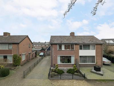 A. Lijphartlaan 6 in Heerde 8181 XN