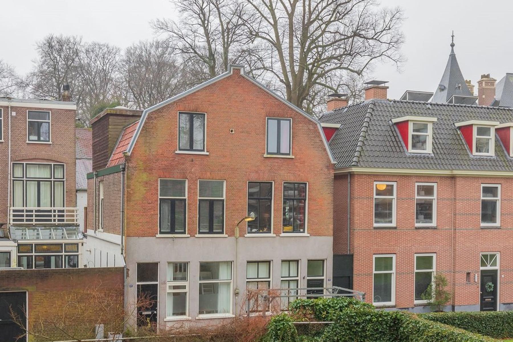 Meesterlottelaan 24 in Haarlem 2012 JH
