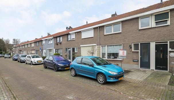 Beatrixstraat 23 in Terneuzen 4532 AV