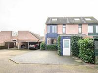 Ambtsrichtersveld 204 in Apeldoorn 7327 JC