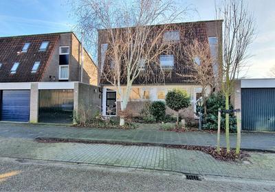 Fluitekruidstraat 13 in Almere 1313 KS