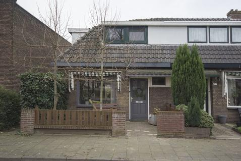 De Wetstraat 48 in Ridderkerk 2987 AC