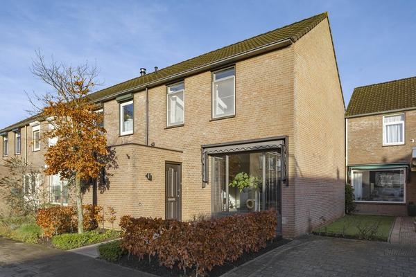 Jan Steenlaan 67 in Oosterhout 4907 RG