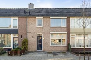 Fuksiastraat 10 in Steenbergen 4651 LG