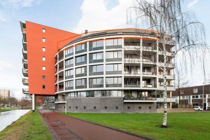 Marie Van Eijsden-Vinkstraat 221 in Rotterdam 3066 JB