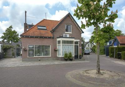 Middenweg 2 in Huizen 1271 AT