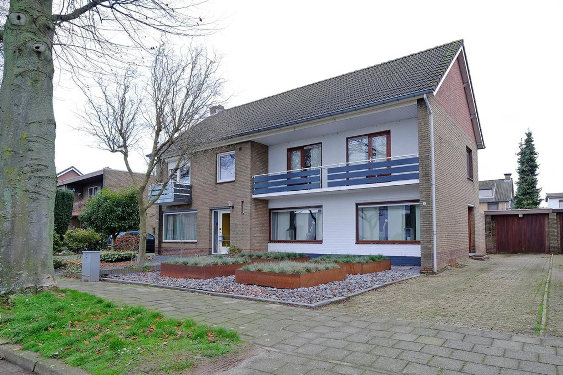Dross Everhartsstraat 36 in Stein 6171 LG