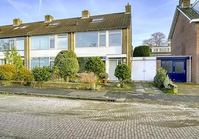 Douw Van Der Kraplaan 33 in Voorschoten 2252 BV