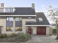 Vrouwenmantel 22 in Breukelen 3621 TR
