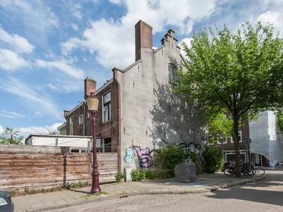 Lutmastraat 215 in Amsterdam 1074 TX