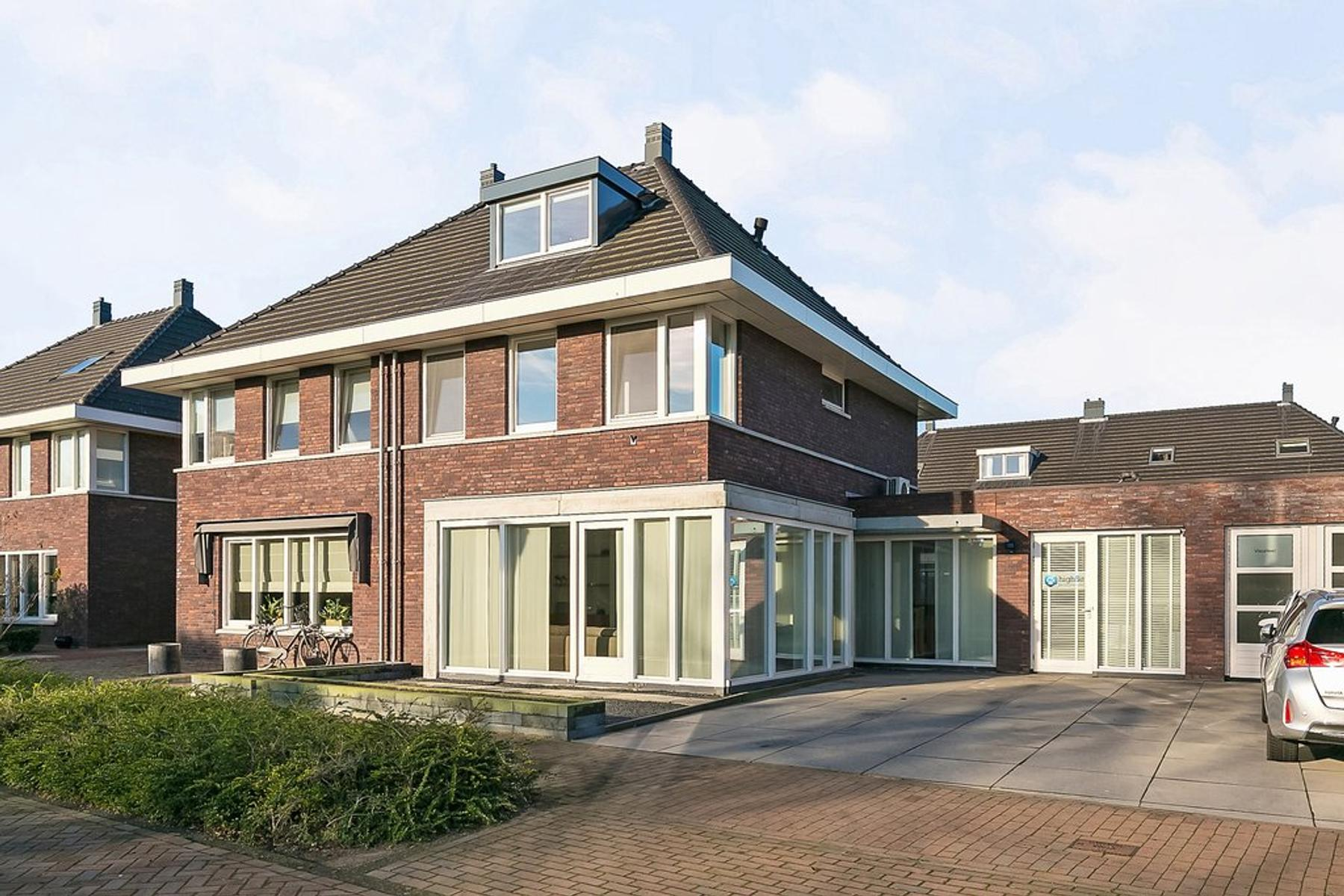 Palfrenier 29 in Waalwijk 5146 BH
