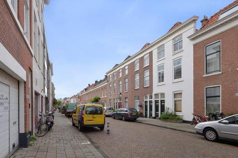 Roggeveenstraat 164 166 in 'S-Gravenhage 2518 TV