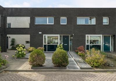 Lindenberghstraat 17 in Wilhelminadorp 4475 AT