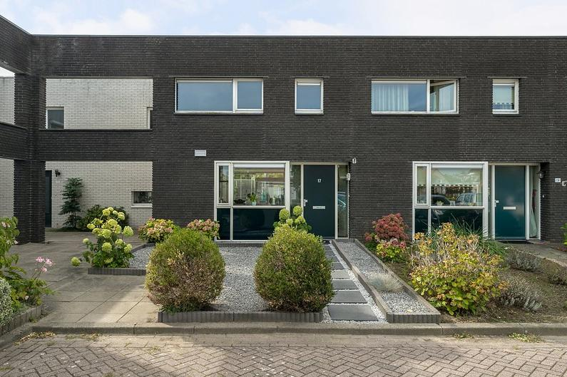 Lindenberghstraat 17 in Wilhelminadorp 4475 AT