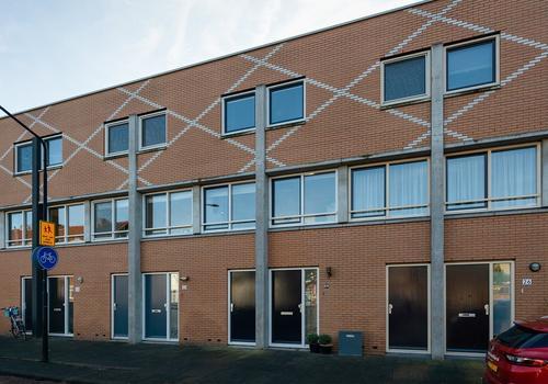 Twintighuizen 24 in Dordrecht 3311 WX