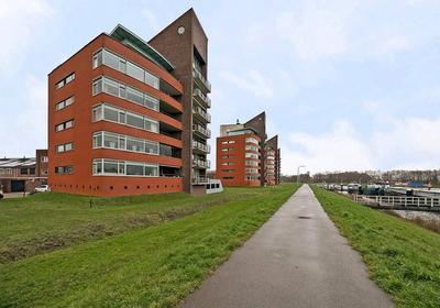 Erik Pinksterblomstraat 14 in Oosterhout 4906 ET
