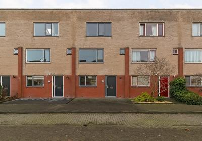 Jakob Israel De Haanstraat 45 in Groningen 9745 DP