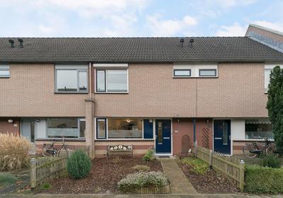 Janneke Van Der Plaatstraat 28 in Zutphen 7207 HG