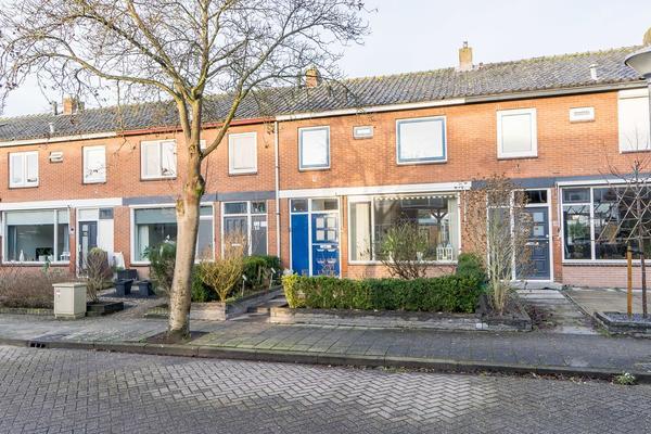 Lorentzstraat 11 in Kampen 8265 BM