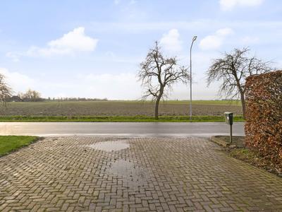 Bredeweg 24 in Kantens 9995 NC