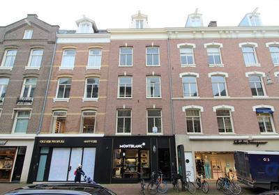 Pieter Cornelisz. Hooftstraat 57 I in Amsterdam 1071 BN