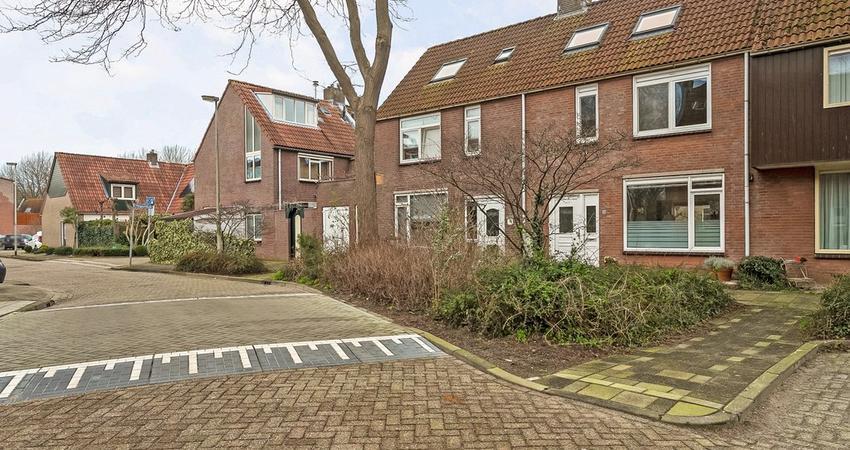 Hoekerkade 80 in Zoetermeer 2725 AM