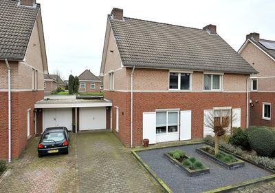 Ereprijs 11 in Venlo 5913 DB
