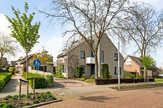 Velgtstraat 17 in Hedel 5321 SX