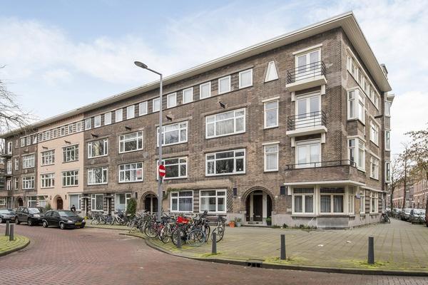 Baljuwplein 27 in Rotterdam 3033 XB