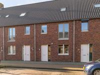 Sluisstraat 101 in Veghel 5462 CA