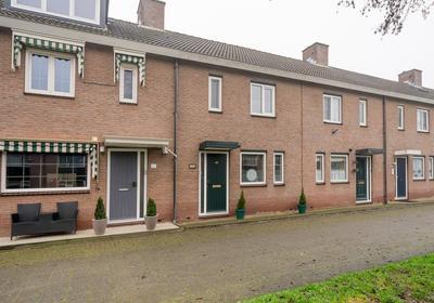Loevesteinsingel 45 in Rotterdam 3077 HL