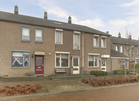 Dr. Ariensstraat 68 in Panningen 5981 VH