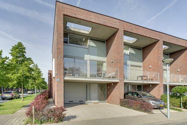 Reling 10 in Almere 1319 CG