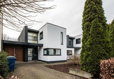 Stijn Streuvelshof 25 in Almere 1321 AA