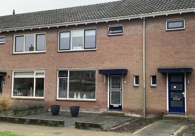 Piet Van Der Hemstraat 6 in Heerenveen 8442 JT