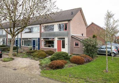 Herrebeugel 48 in Wijk En Aalburg 4261 XM