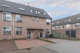 Patrijzenhof 11 in Barneveld 3772 RE